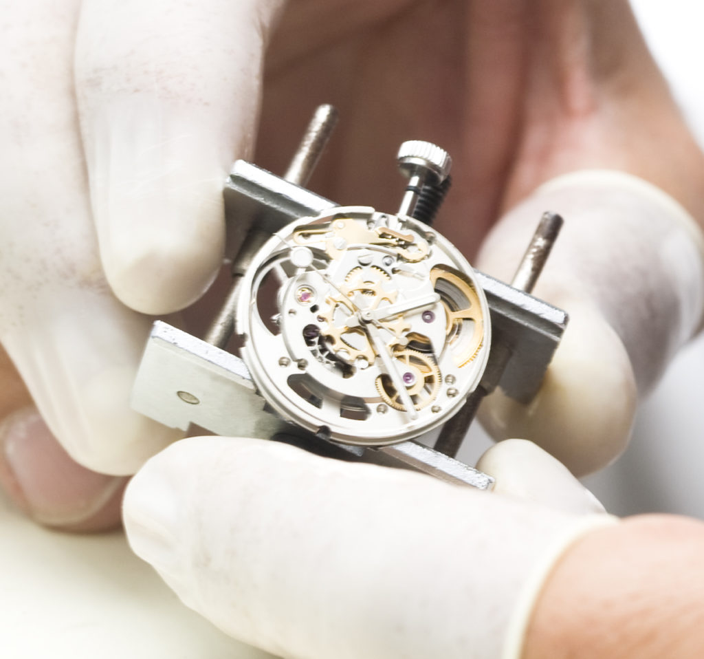 Watchcrafting episurf